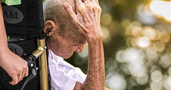 How to talk to people with dementia: 15 tips to communicate