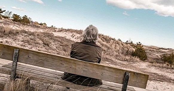 6 misconceptions and false myths about the elderly